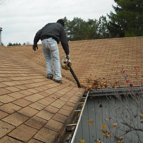Gutter cleaning is a tough job and must be handled by the professionals
