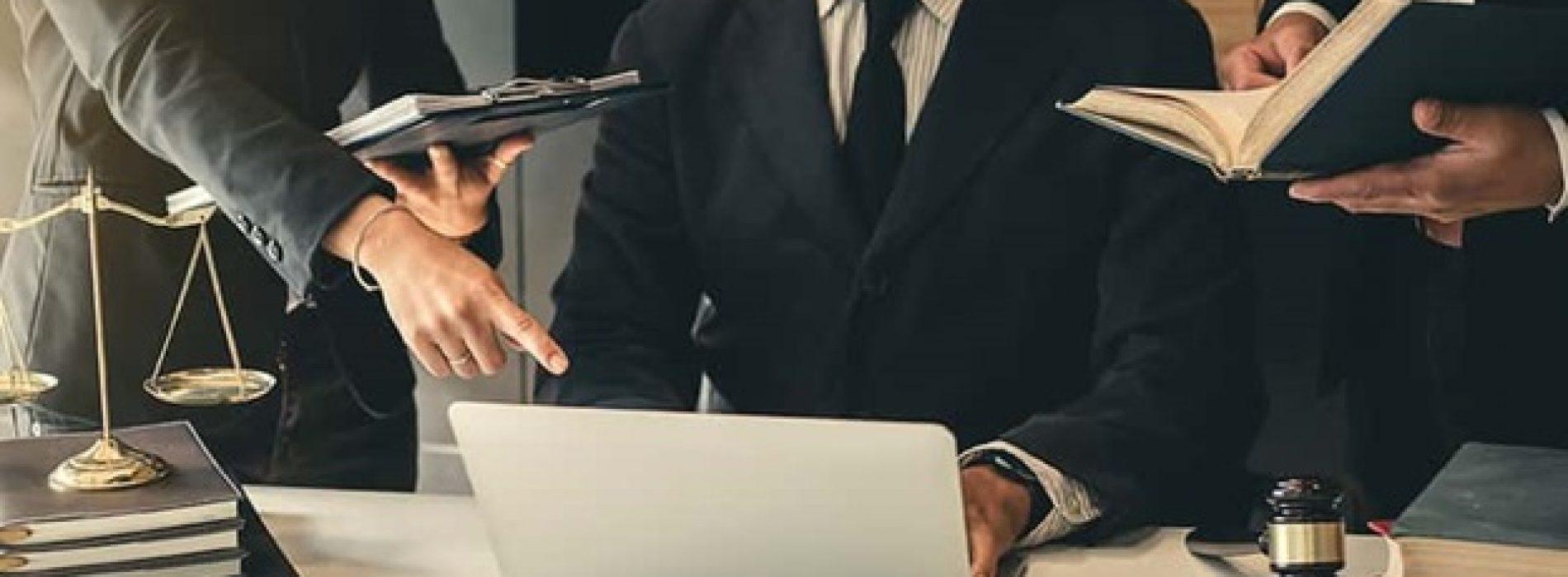 10 Reasons People Quit Law School
