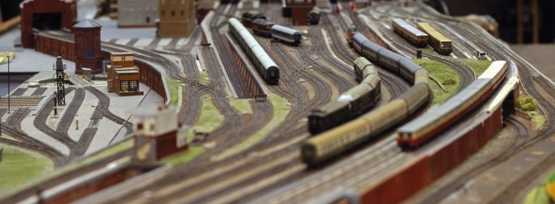 For what reason Would You Ever Want To Use DCC Track Wiring On A Model Train Layout?