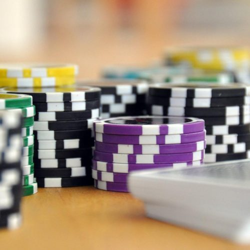 Things you should consider while playing the online casino!!