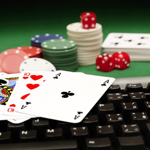 Money earning games under internet gambling