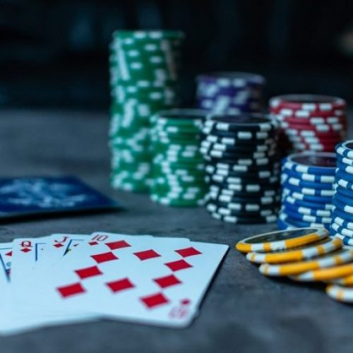 How to Win Domino Game Online